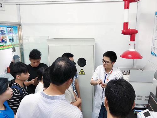 甲醛檢測中心實驗室開放日活動現場圖1